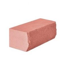 Кирпич силикатный утолщенный лицевой с рустированной тычковой гранью объемно-окрашенный «Розовый» 1,4 НФ | 225x120x88 | M200 | Ковров